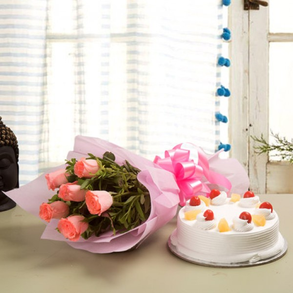 Pineapple Cake With 6 Pink Roses Bunch